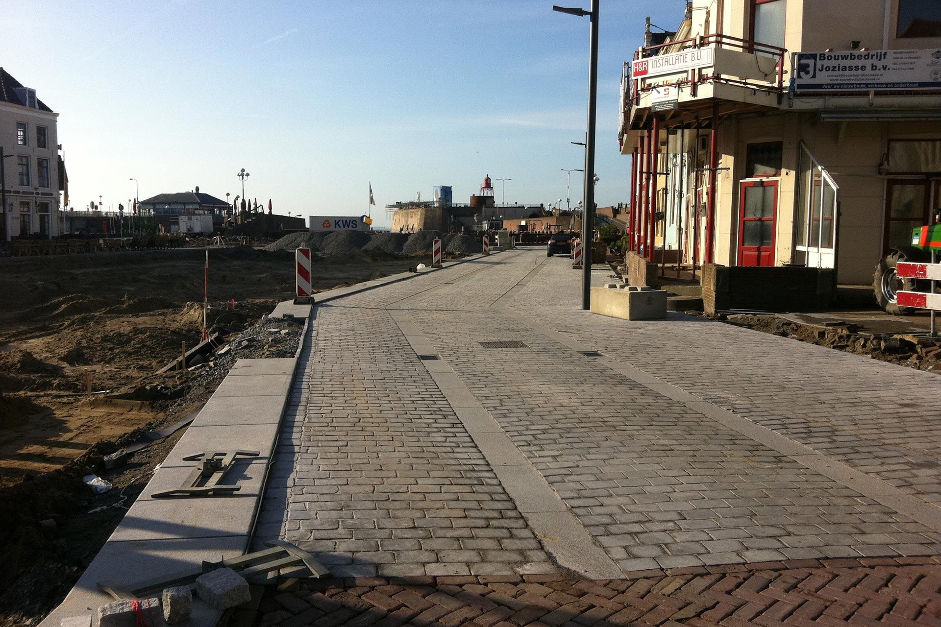 Bellamyplein vlissingen stone base projecten for Tegels vlissingen
